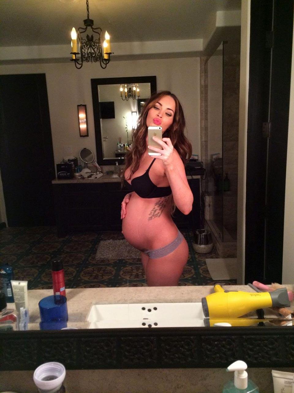 Megan Fox Nude - 512 photos (icloud leak, FHM, MAXIM